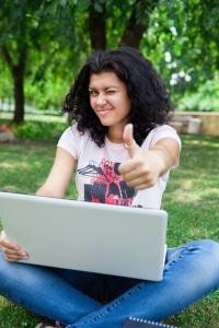 Die richtige Uhrzeit optimiert den Erfolg auf Twitter! (Foto -CollegeDegrees360, flickr.com/Creative Commons Licence)